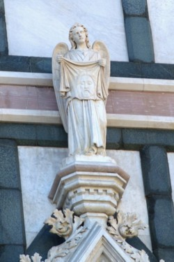 <b>Detail of the Basilica of the Holy Cross</b>