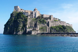 <b> View of the Aragonese Castle at Ischia Porto</b>