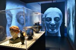 <b>Inside the exhibition Pompeii and the Greeks</b>