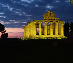 <b>Temple of Ceres in Paestum by night</b>